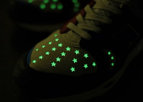 lights up shoes