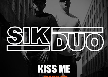 Sik Duo Kiss Me