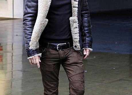David-Guetta-wearing-Balmain-biker-jeans-Lanvin-Snakeskin-High-Top-Sneakers-2