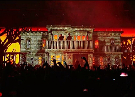 Knife Party's Haunted House @FutureMusicFestival