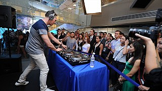 Tiesto Performs On SiriusXM's 'Electric Aquarium' Series On Tiesto's Club Life Radio